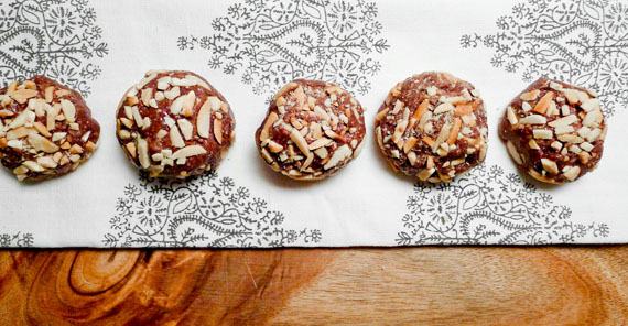 Nut balls