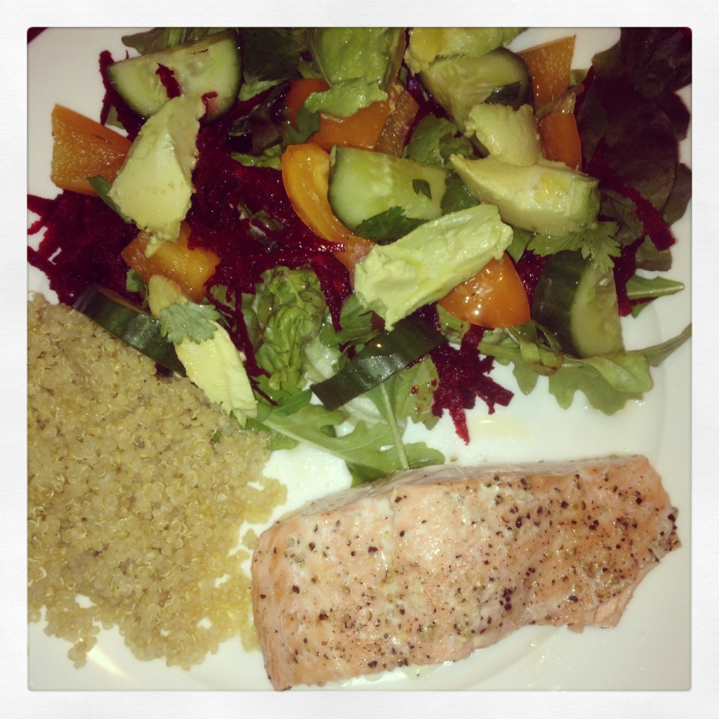 Salmon & raw salad